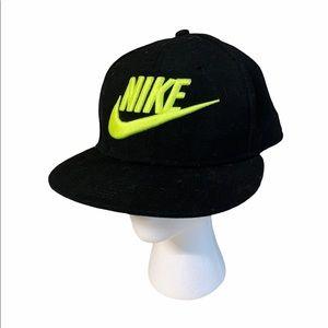 Nike true hat